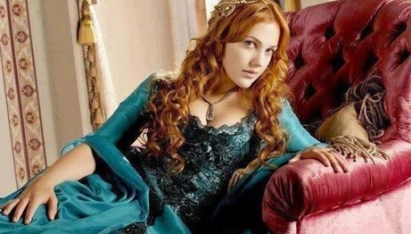 """Roksalana-Xurram sulton aslida qanday ayol bo'lgan: """"Muhtasham yuz yil"""" serialidagi haqiqat va uydirmalar"""